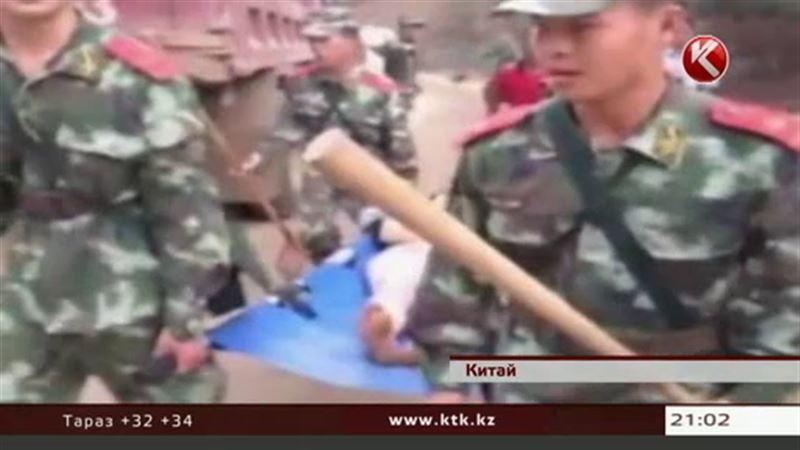 На юго-запад Китая обрушилось мощное землетрясение