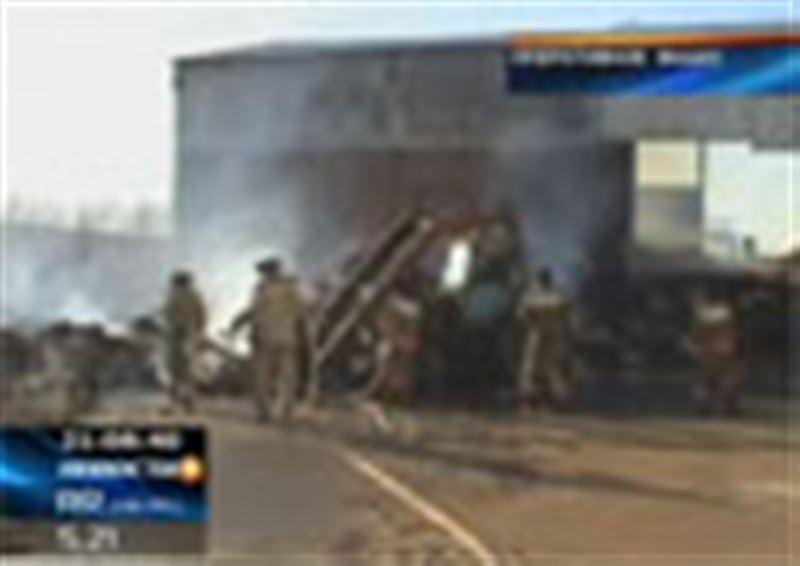 Крупный пожар на хлопковом заводе в Туркестане: огонь уничтожил сотни тонн сырца и хлопковолокна