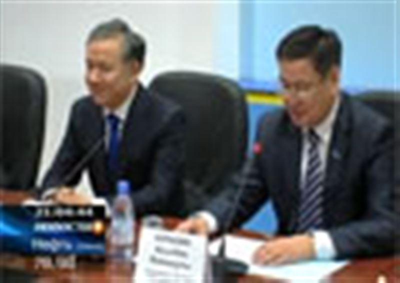 Премьер-министр Казахстана представил нового акима Карагандинской области