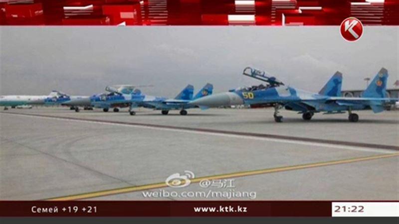Сразу пять казахстанских военных самолетов совершили экстренную посадку в Китае