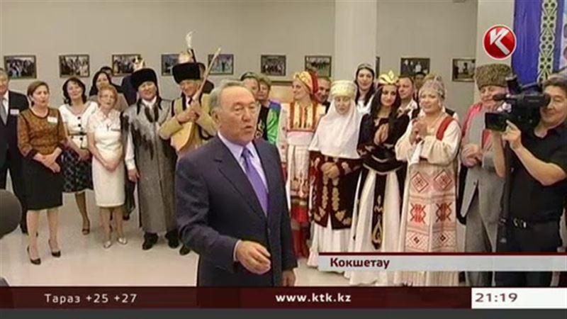 Во время командировки в Кокшетау Президент спел любимую песню