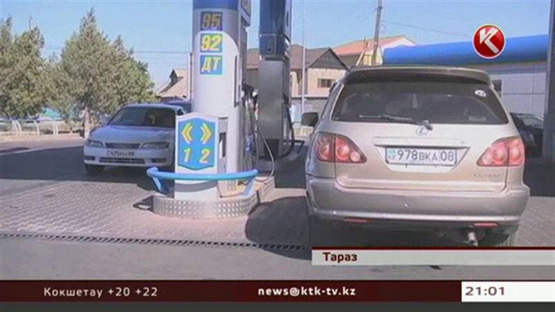 Бензиновый кризис: заправки переходят на обслуживание по талонам