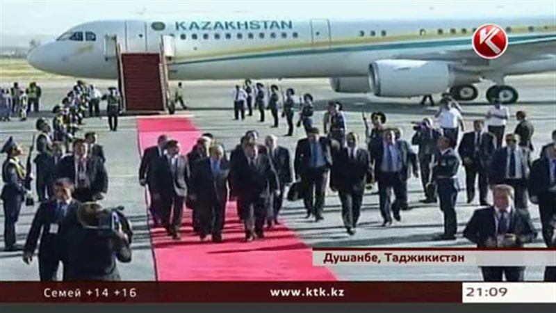 Назарбаев прибыл в Душанбе на саммит ШОС