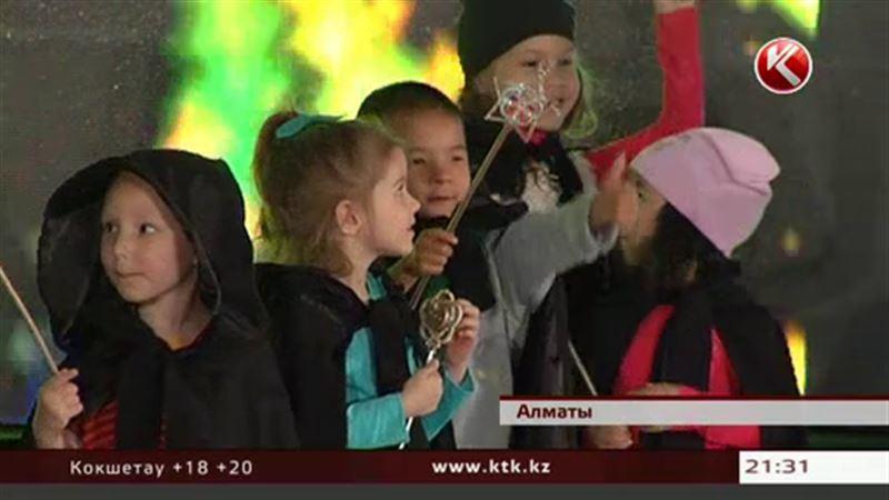 Воспитанники детдомов вышли на подиум в Алматы