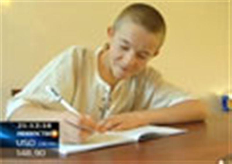 В Восточном Казахстане ищут родителей 13-летнего мальчика, который не умеет говорить, а только рисует