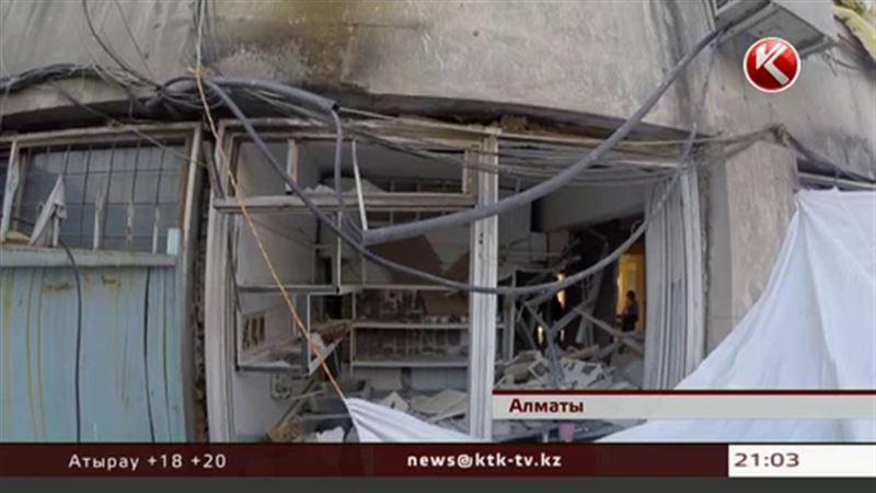 Очевидцы рассказали, как взлетело на воздух алматинское кафе