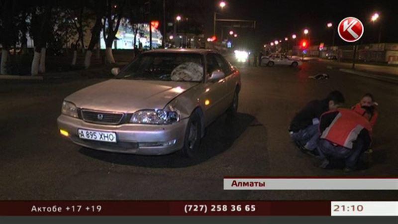 В Алматы водитель «Хонды» насмерть сбил женщину с ребенком