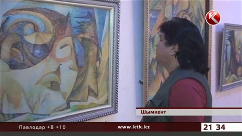 Картины, избавляющие «от дурных мыслей», пишет шымкентский художник