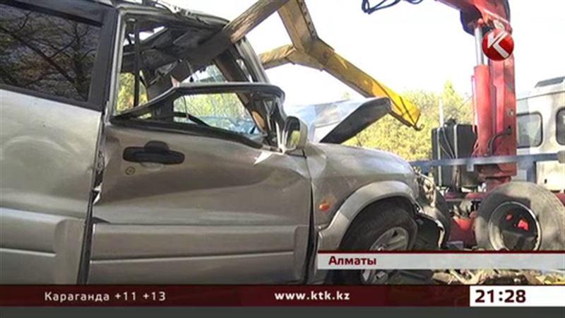 В Алматы опять авария по вине водителя бензовоза