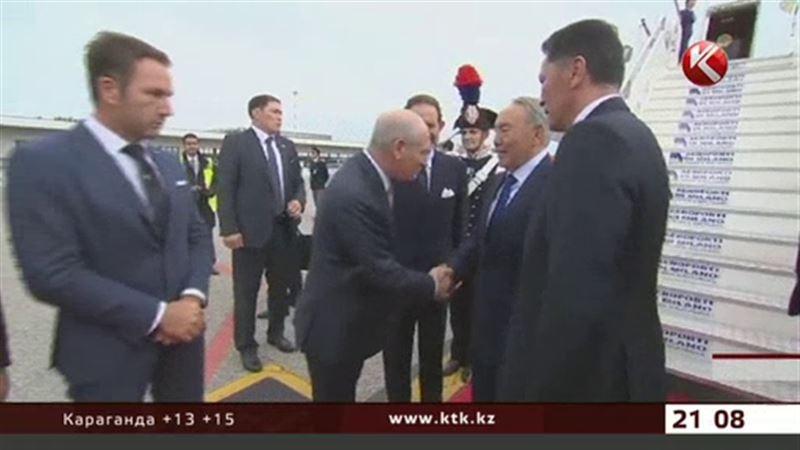 Назарбаев прибыл в Милан на саммит «Азия – Европа»
