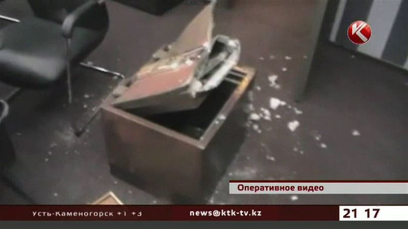 Разоблаченная группировка с перепугу призналась в 38 грабежах