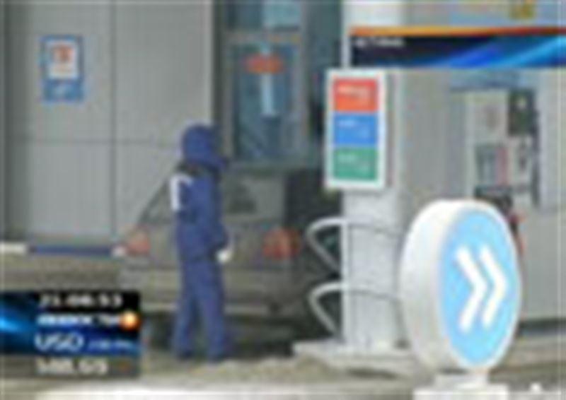 В битве за низкие цены побеждают представители власти: ценники сменили уже более девяноста процентов казахстанских АЗС