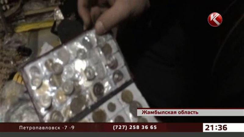 Таможенники обнаружили монеты времен Екатерины II