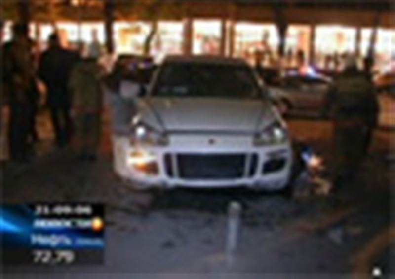 Родственники погибших под колесами внедорожника «Порш Кайен» в центре Алматы претензий к водителю больше не имеют