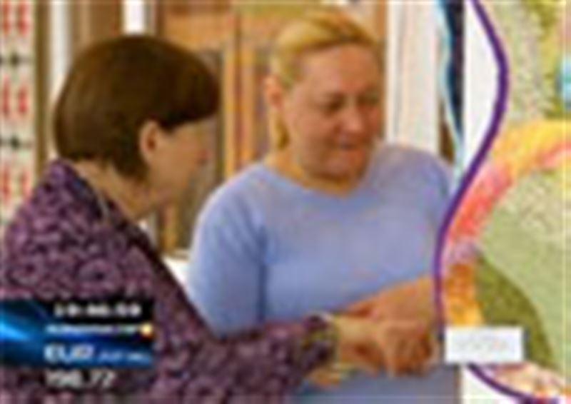 Алматылық келіншектер құрақ бұйымдардан ерекше көрме ұйымдастырды