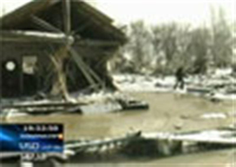 Алматы облысы: нөсер салдарынан бөген жарылып, Қызыл-Ағаш елдімекенінде 20 адам қаза тапты