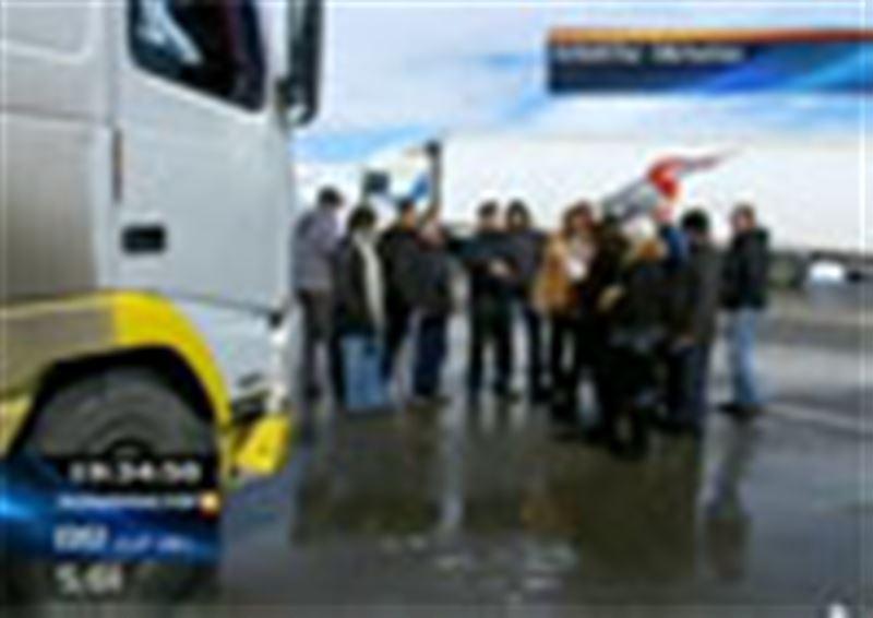 Алматы-Астана тас жолында 200-ге тарта жүк көлігі тоқтап тұр
