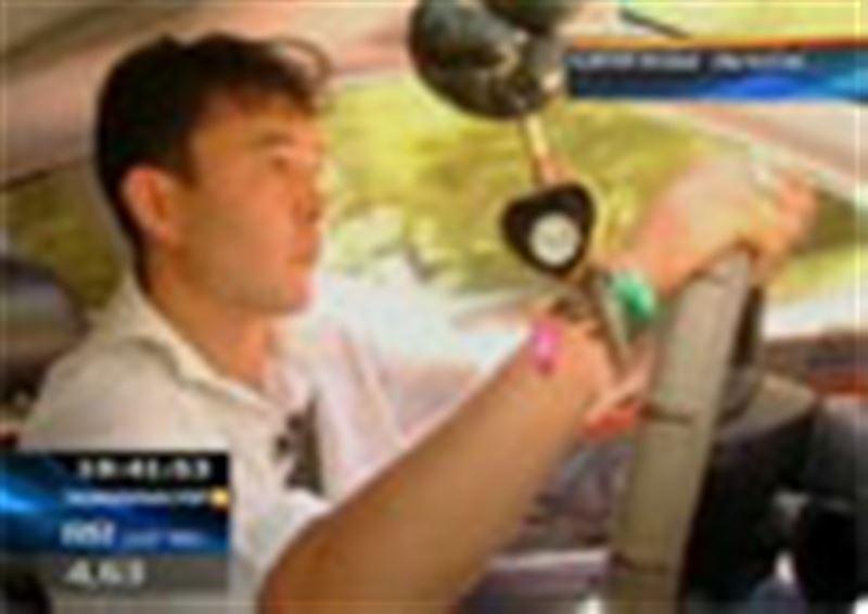 Шахтинск қаласының тұрғыны жергілікті жол полициясынан 1 млн теңге өтемақы өндіріп алмақ