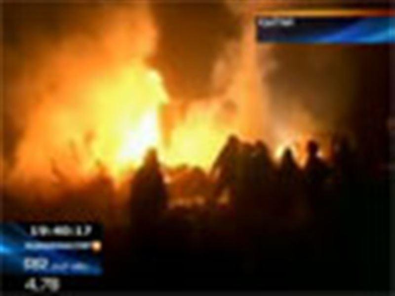Қытайда жолаушылар ұшағы апатқа ұшырап, 42 адам мерт болды
