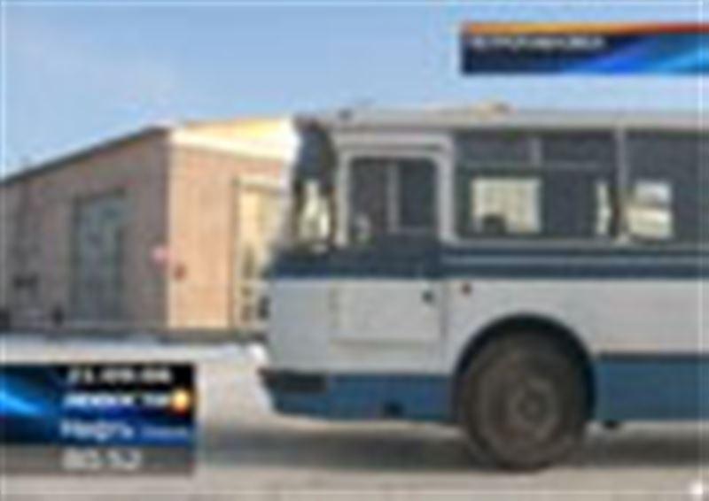 Транспортный скандал на казахстанско-российской границе. В Россию перестали пропускать казахстанские автобусы длиннее 12 метров