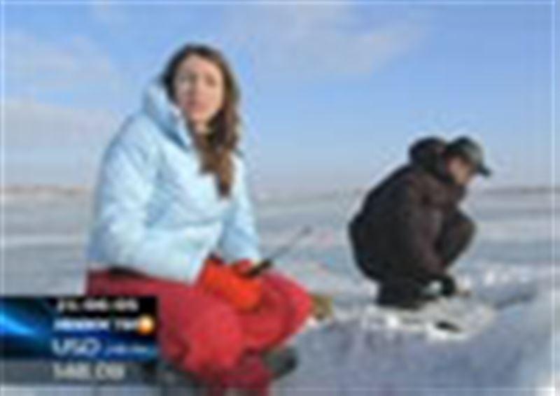 Спасательная операция на Балхаше: службы ЧС запретили выезд автомобилей на лёд - на озере за две недели погибло 5 рыбаков