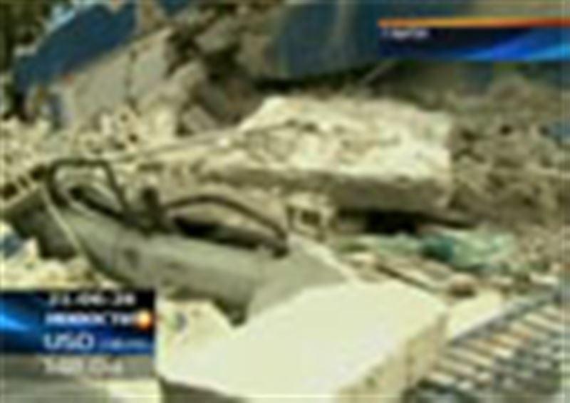 Cпасательная операция на Гаити продолжается уже несколько суток, и надежда, что под обломками зданий все еще находятся живые люди, остается