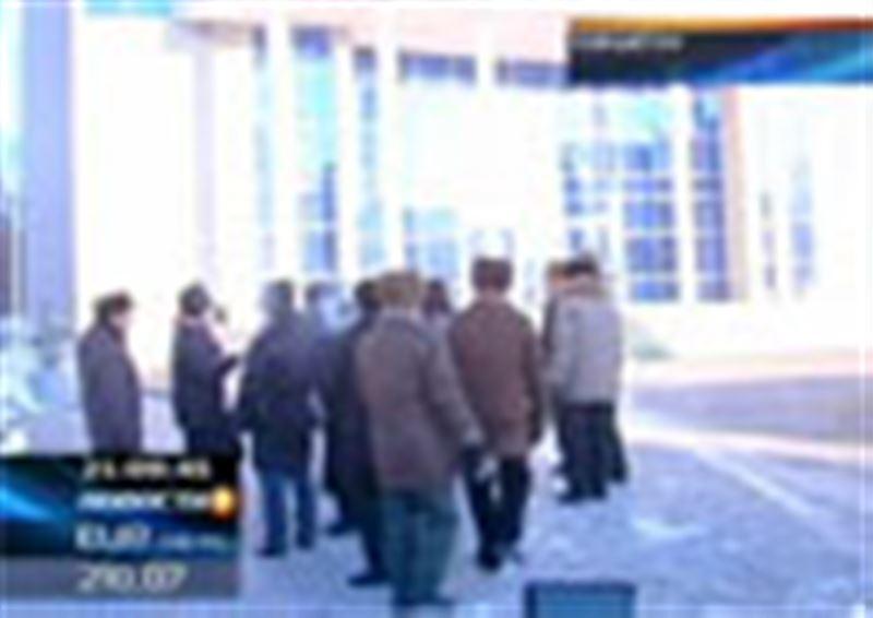 Пенсионеры Кокшетау протестуют против повышения тарифов на коммунальные услуги