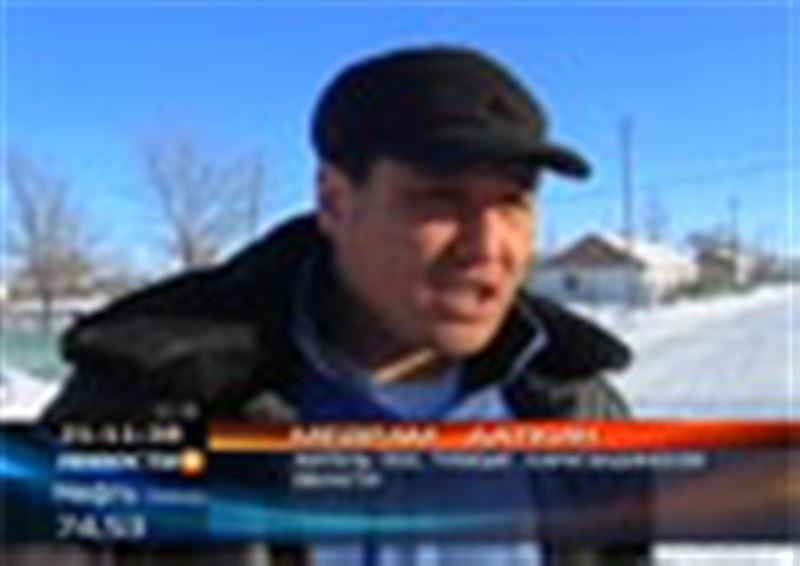 Нешуточные страсти разыгрываются в одном из аулов Карагандинской области. Почти 30 дворов объёдинились против одной единственной семьи