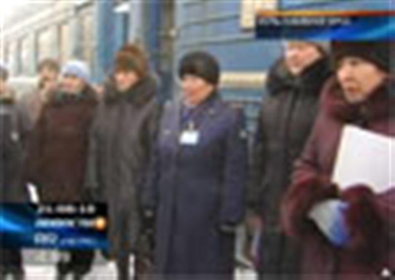 В Усть-Каменогорске намерены объявить голодовку проводники