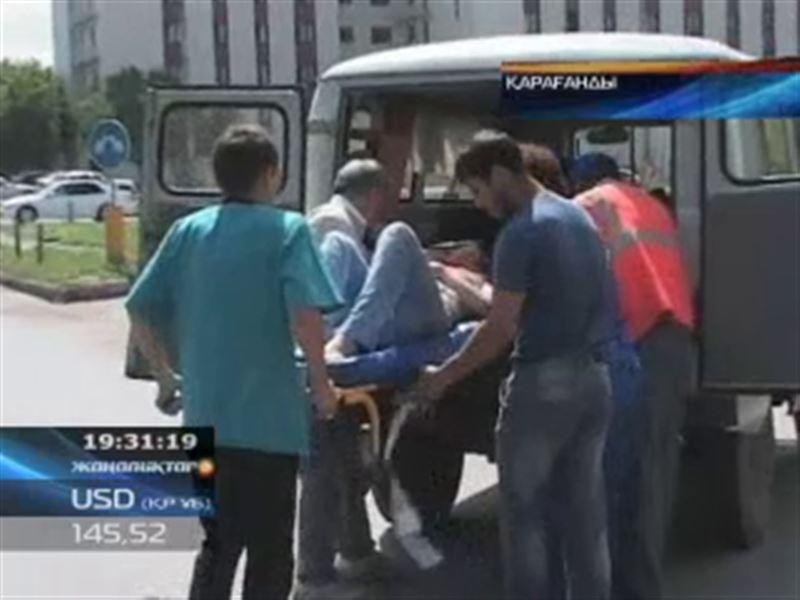 Қарағандыда автобус екі әйелді арбадағы баласымен қоса қағып кетті