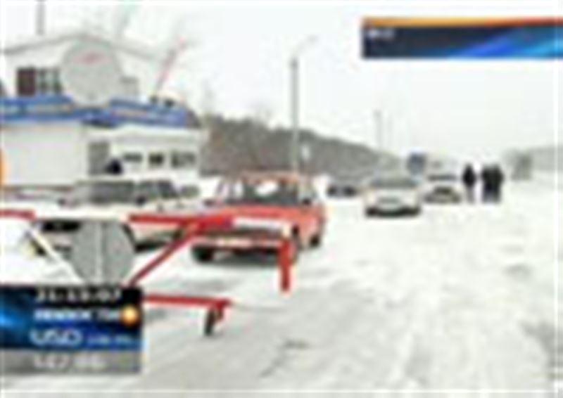 В большинстве регионов Казахстана объявлено штормовое предупреждение. На севере республики вновь 40-градусные морозы