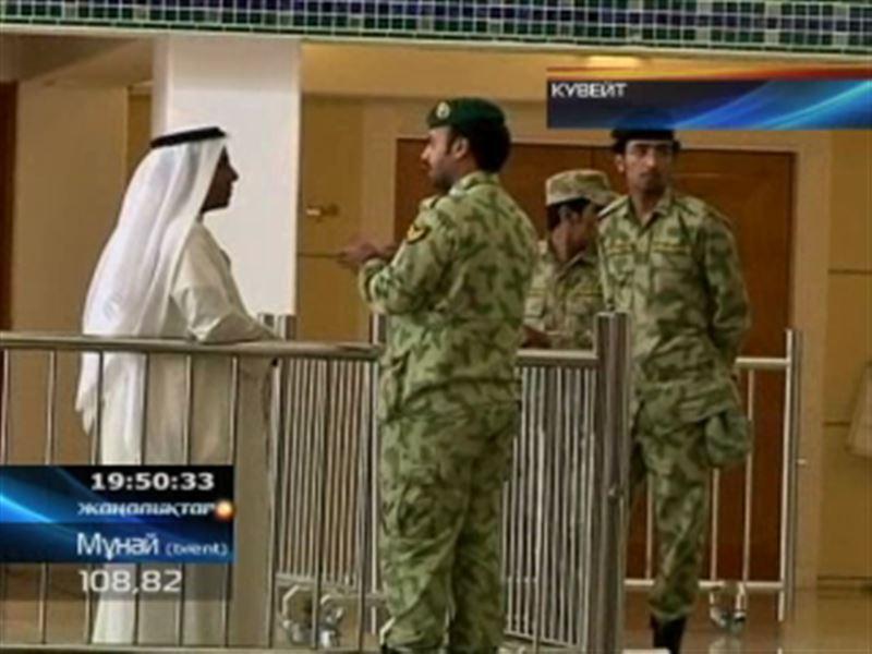 Кувейт   үкіметі толық құраммен отставкаға кетіп отыр