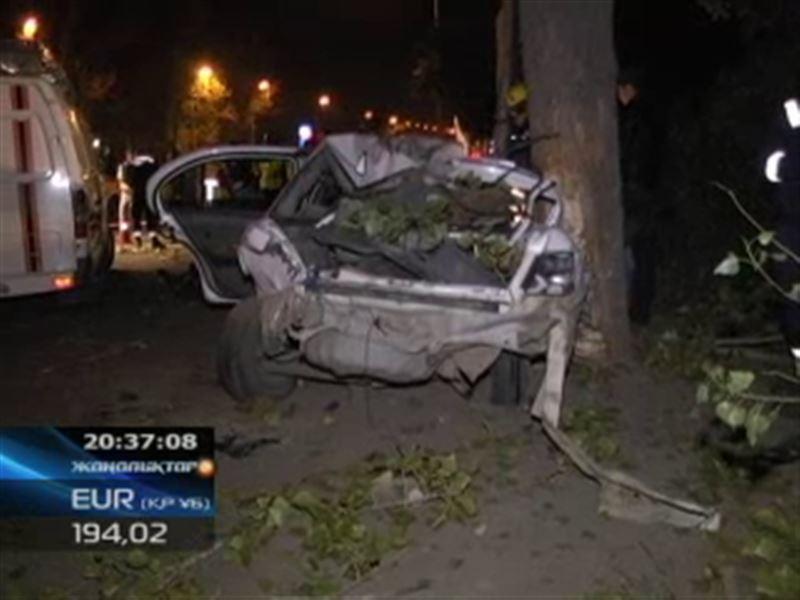 Алматыда жол апатынан 4 жеткіншек мерт болды