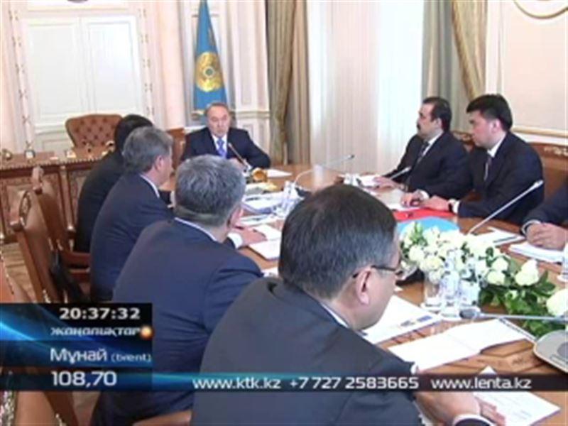 Нұрсұлтан Назарбаев облыс әкімдерінен жеке-жеке есеп алды
