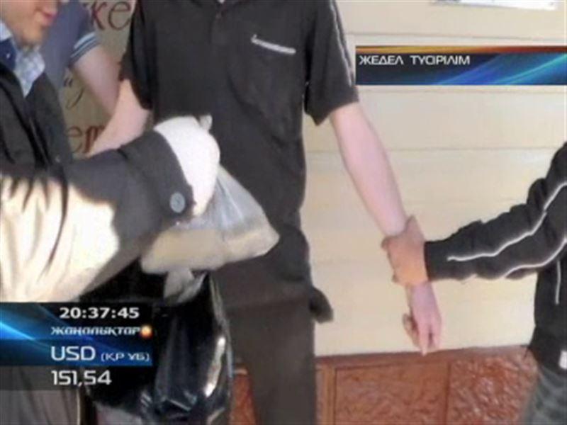 Павлодар тұрғыны пәтерінде кондитерлік көкнәр мен химиялық қоспалардан апиын жасап саудалаған