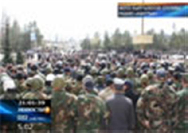 Массовые беспорядки на севере Кыргызстана. Сторонники оппозиции требуют освободить одного из своих соратников, задержанного утром