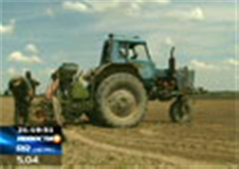 Государственные дотации сельскому хозяйству достаются монополистам, а фермеры получают только крохи, заявил руководитель Союза фермеров Казахстана