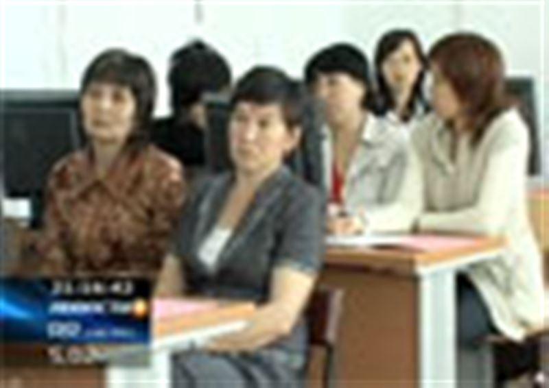 В Южном Казахстане решают сложную проблему: как адаптировать общество к встрече с ВИЧ-инфицированными детьми
