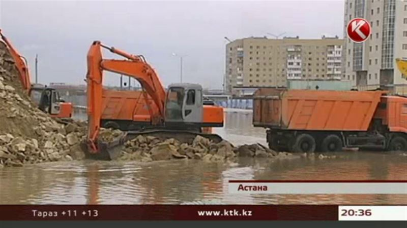 Астанада жаңа көпір жабылып қалды