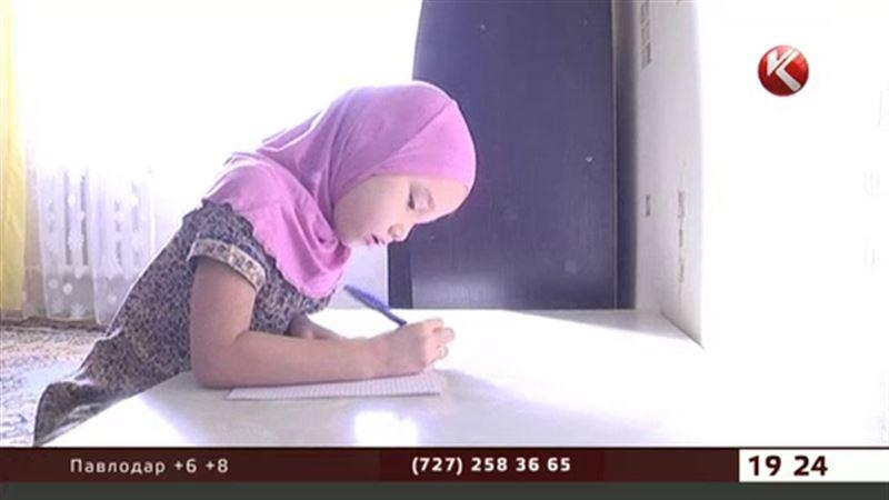 БҚО-да сот  оқушы  қызға хиджаб киюге рұқсат еткен жоқ