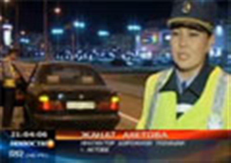За руль – в коньках. Полицейские Актобе задержали необычного нарушителя