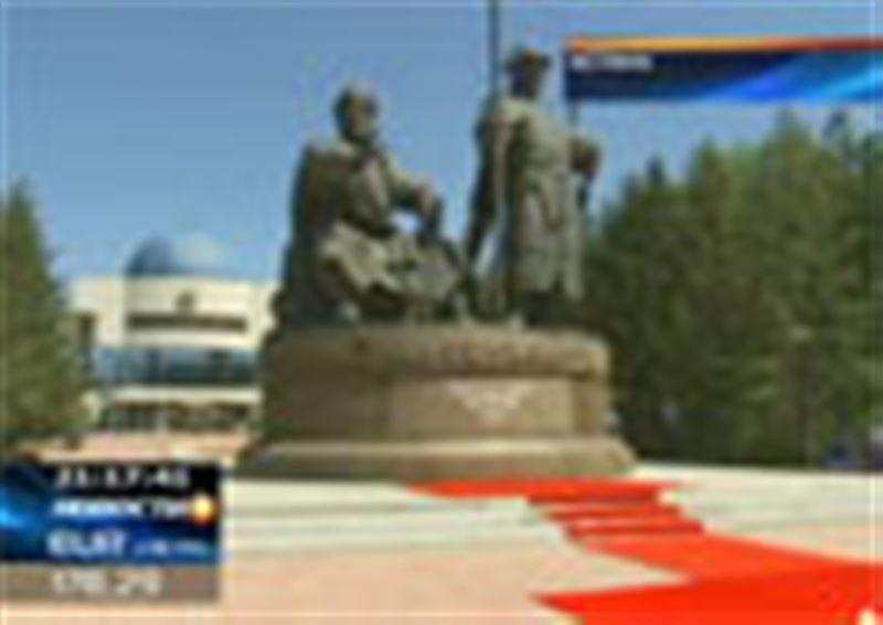 В Астане все-таки появился памятник Жанибеку и Керею – именно они считаются основателями казахской государственности