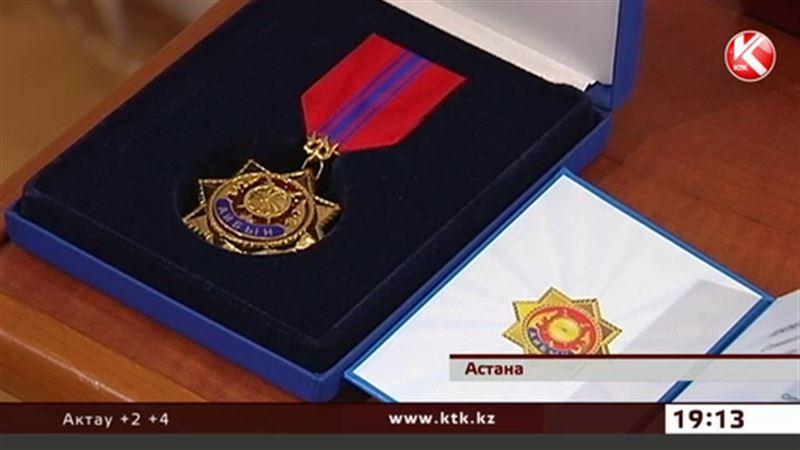 Старшего лейтенанта полиции Самата Шоханова наградили посмертно