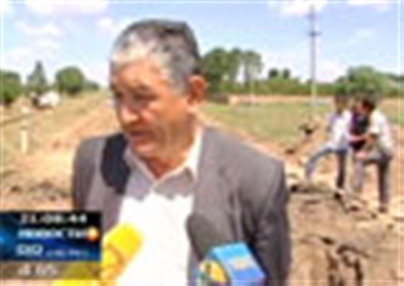 Вторая волна наводнения в ЮКО. Обильные ливни вновь залили Сарыагашский район, оставив под водой десятки домов