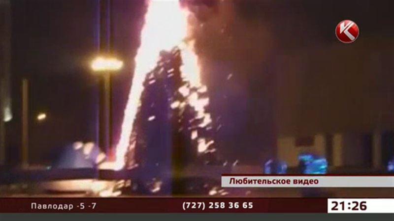 В Актау новогодним елкам угрожают вандалы