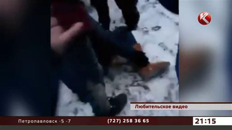 Видео аварии с участием полицейского взбудоражило Атырау