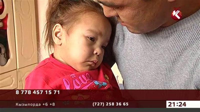 Маленькой Камиле из Алматы срочно нужна помощь