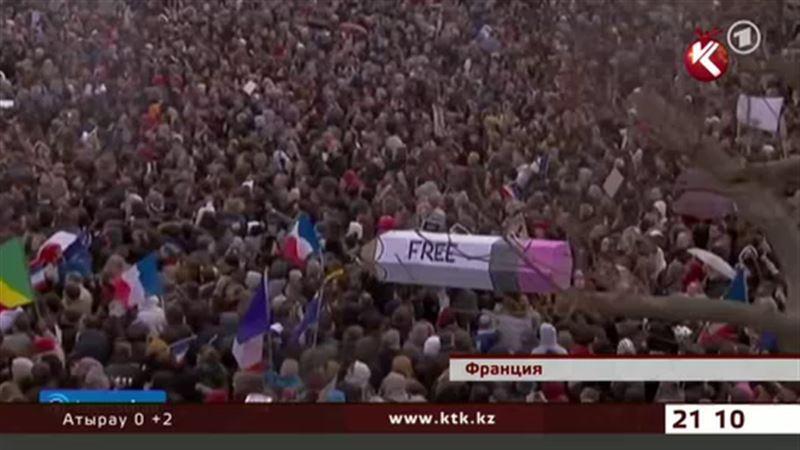 Миллионы прошли в марше против терроризма