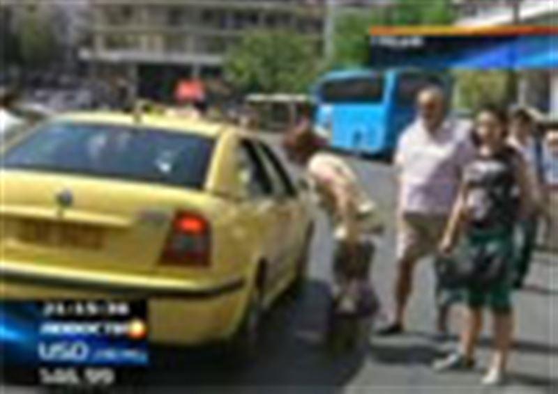 Афины превратились в огромную транспортную пробку. Третий день в греческой столице не работает метро