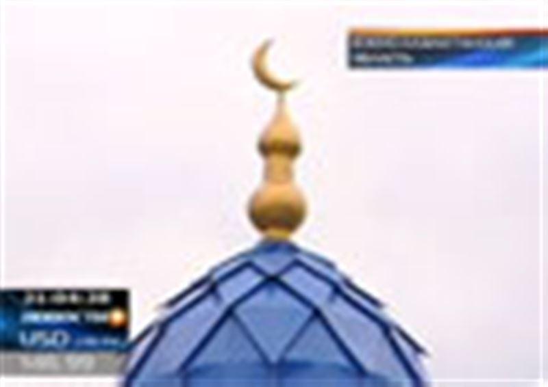 Шокирующий случай в Южном Казахстане. Заместитель имама одной из мечетей, напившись, украл сейф с пожертвованиями прихожан